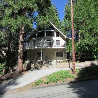 Large Lake Arrowhead Home!