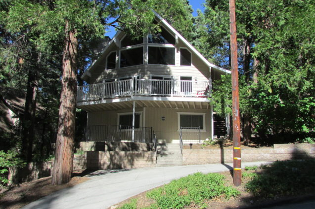 Large Lake Arrowhead Home!